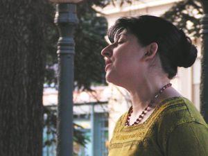 marie-élisabeth leca, une chanteuse d'art lyrique française soprano qui excelle dans l'art si exigeant de l'a cappella