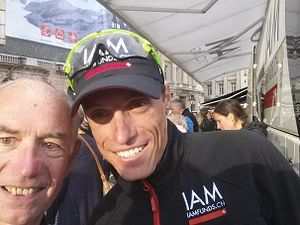 A l'arrivée du Tour, 21e étape Sèvres Champs-Elysées, avec IAM Cycling