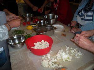 Salade de chou fleur, pois chiches et pignons de pin.