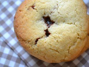 Cookies fourrés à la pâte à tartiner - partenarait Mazet