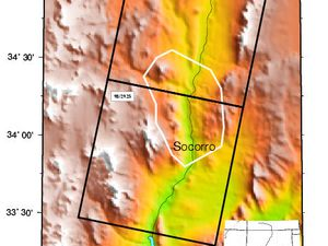 Socorro magma body - left, extension and diagram of magmatic body / doc NMM - right, crustal uplift due of the inflation of the Socorro magma body / doc. http://sioviz.ucsd.edu - one click to enlarge