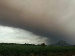 Dispersion of the ashes of the Fuego - 05.05.2017 - pictures Conred - a click to enlarge