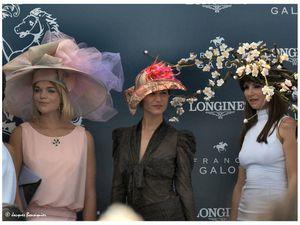 Prix de Diane 2015 : concours de chapeaux