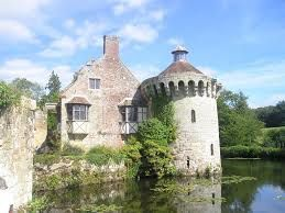 Scotney Castle Garden - Sussex