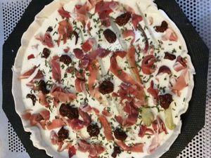Tarte Asperge, Jambon cru &amp&#x3B; Tomates séchées