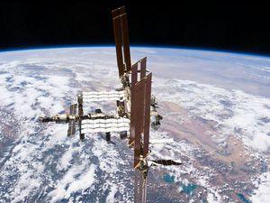 La Station Spatiale Internationale représente sans doute l'un des plus grands chefs d'oeuvres d'ingénierie sur Terre. Sa construction a été lancée en 1998, l'objectif : mettre en orbite ces 400 tonnes de technologies de pointe !