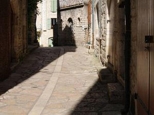 Ste Enimie, Castelbouc, hébergement et Canoës