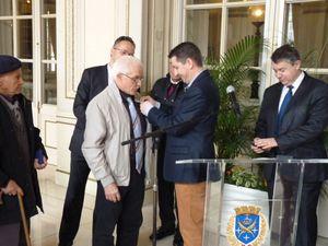 Daniel Colinet fait Chevalier de l'Ordre du Mérite Agricole par Monsieur Gaël Perdriau Maire de Saint-Etienne.