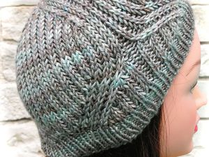 Vegvisir Cowl and Hat