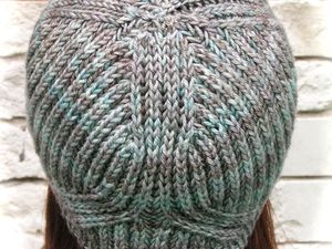 Vegvisir Cowl and Hat