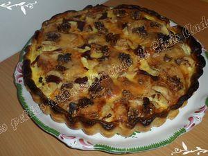 Quiche au chou-fleur, magret de canard séché, raclette et noix