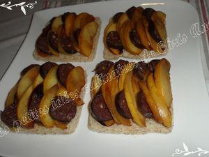 Bruschettas de pommes cuites et boudins noirs