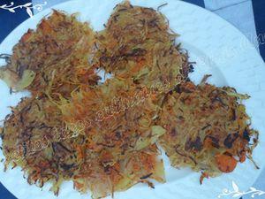 Paillassons de pommes de terre, carottes, gingembre et ail