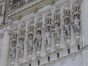 Cathédrale St Maurice (XIIème-XVIème siècle)