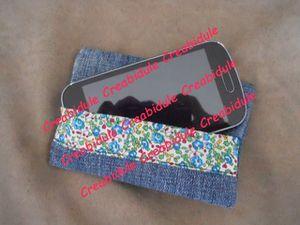 Porte cartes &amp&#x3B; Etui smartphone assortis