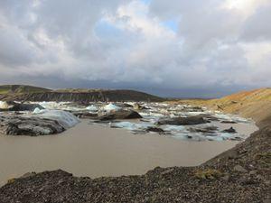 Glaciers, cascades,plages et aurores boréales