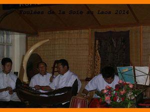 Foulées du Laos 2014. Vientiane. Visite Pha That Luang.