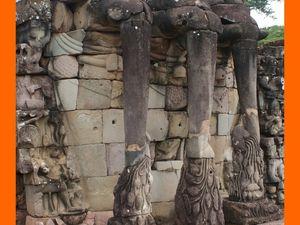 Angkor Thom. La Terrasse des Eléphants
