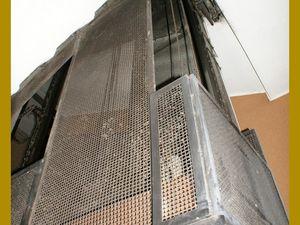 Le vieil ascenseur de notre hôtel &#x3B;)