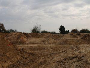 Un Terrain de Dirt pour Grandchamp des Fontaines (44)