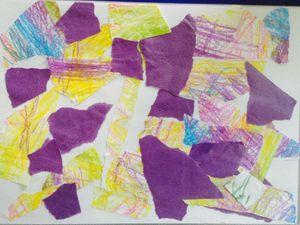 Deuxième essai de collage avec des enfants d'âge préscolaire