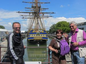 Primos, primas...... Isa y Manu visitan la familia francesa...
