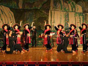 Viet Bac troupe du nord Viet Nam