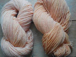 laine de mouton que j'ai teintée avec des plantes 320 m pour 100 gr