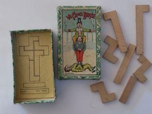 la cocotte cassée, 2 versions, et la croix brisée ( jeu de la croix)