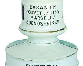 Pyrogènes de la marque Berger. Collection privée.