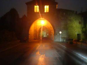 La balade se termine de nuit, après être passé devant la petite chapelle près du Kasmarkt.