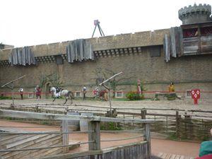 Les CE2-CM1-CM2 de Me Dufour de St Sylvestre au Puy du Fou