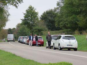 Garage Mattern, les chefs de ChargeMap et e-lime avec Frédéric, mini rallye électrique, station de charge Versus