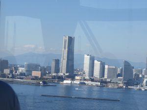 Arrivée à Yokohama, borne à l'hotel Sheraton, les WC - une attraction en soi, Leaf Nismo chez Nissan, Leaf qui roule toute seule à Tokyo