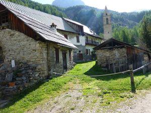 Randonnée vers l'Abbaye du Laverq en Ubaye juin 2014