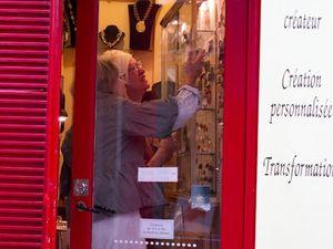 Atelier de création de bijoux à Paris.
