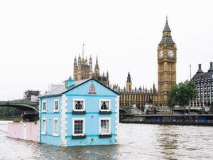 un week end à Londres dans une maison flottant sur la Tamise