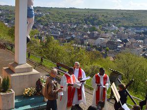 Chemin de Croix 2017 vers la grotte Notre-Dame d'Algrange