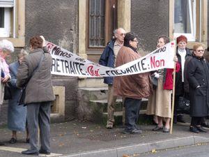 Manifestation des veuves et retraités des mines en 2010 à Hayange