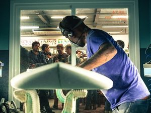 Démo de Shape &amp&#x3B; Live Painting / ATAO Surfboards &amp&#x3B; CLEAN CUT Surfboards
