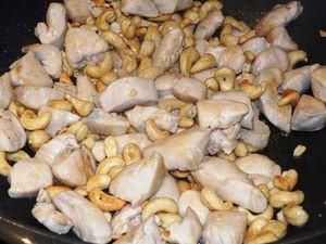 Poulet sauté aux noix de cajou
