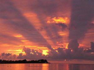 Le ciel dans tout ses états : Jaune-Ocre