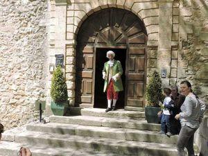Château de la Barben, visite du château