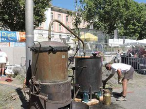Digne, Fougasse à l'anchois et Foire de la Lavande 1-2