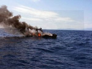 Incendie d'une vedette hors-bord au large du Cap Béar - photos : Sdis 66