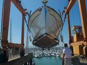 Retour d'une Andreyale 15 du chantier Latitude 46 au Cannes Yachting Festival