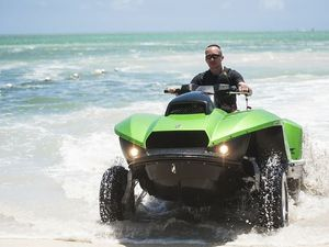VIDEO - Quadski de Gibbs Sports, mi- jet ski, mi-quad !