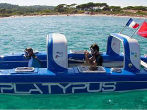 VIDEO - Platypus, 1er bateau semi-submersible d'exploration sous-marine