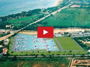 VIDEO - Nouveau, un port de plaisance lacustre, à Hyères (83)