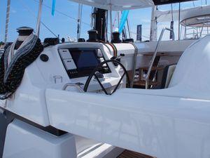 Yachting Festival - découverte en photos du nouveau Lagoon 52 SporTop
